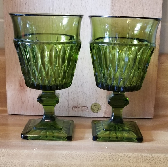 💖💖 Indiana Glass Water Goblets